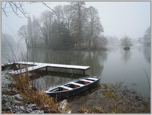 http://i42.servimg.com/u/f42/09/02/90/60/neige_12.jpg