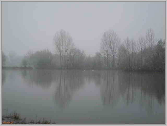 http://i42.servimg.com/u/f42/09/02/90/60/neige_14.jpg