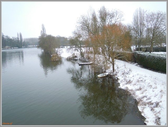 http://i42.servimg.com/u/f42/09/02/90/60/neige_23.jpg