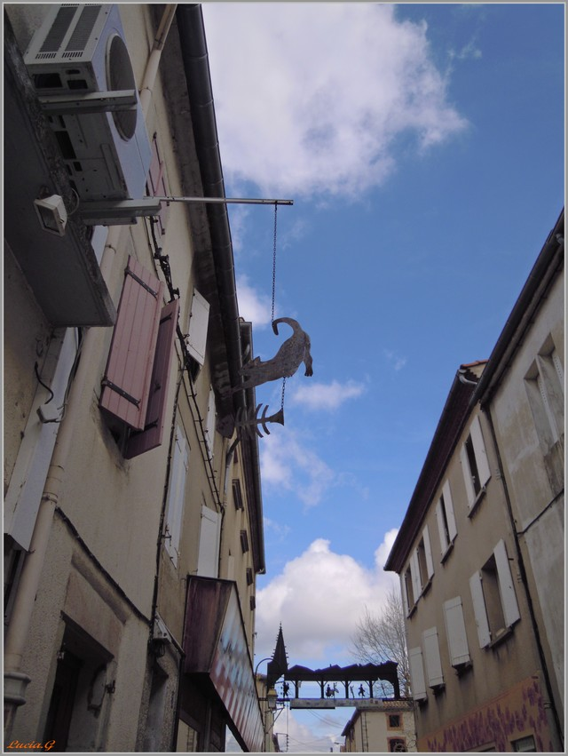 http://i42.servimg.com/u/f42/09/02/90/60/rue_de10.jpg