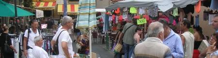 les auteurs locaux au marché de Frontignan