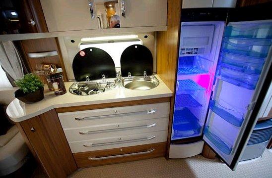 scoop nouvelle hobby premuim 2012 forum les caravaniers2 com. Black Bedroom Furniture Sets. Home Design Ideas