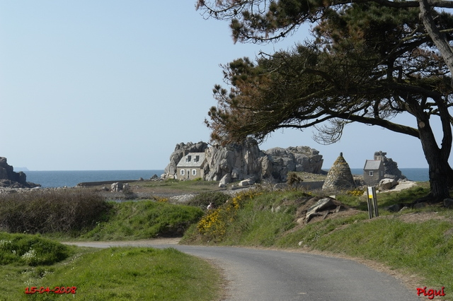 Plougrescant, le site du gouffre.  dans Bretagne 640_pl19