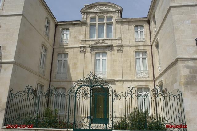 Belles façades Rochefortaises 02. dans Autour de Rochefort facade10