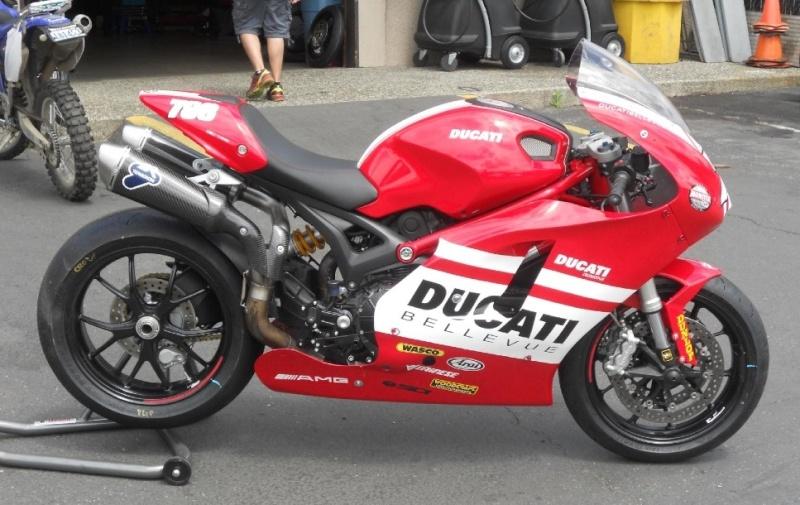 Kawette Net Afficher Le Sujet Ducati Monster Desmosedici Edition