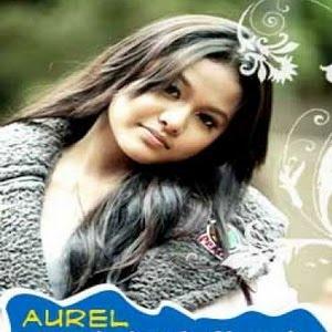 Aurel feat. Deanda - Pilihlah Aku