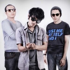 Reff Band - Kamu