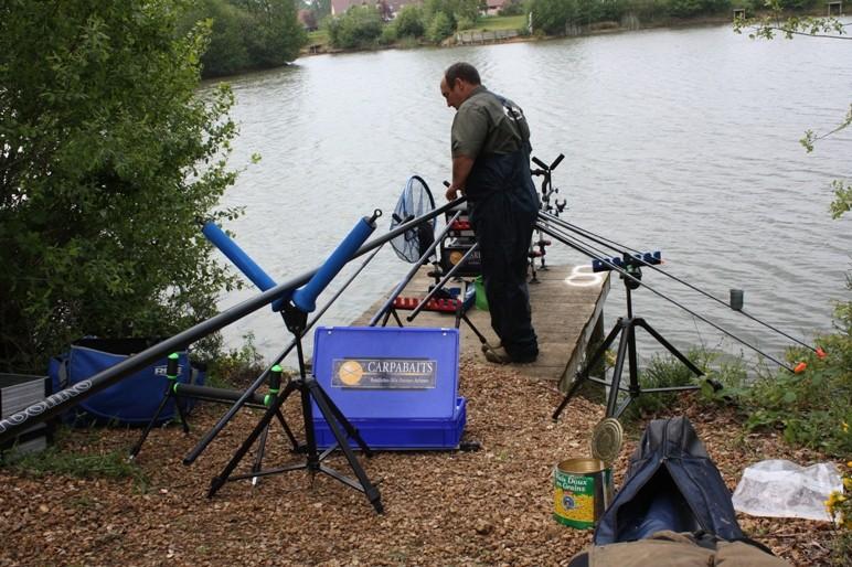 matériel pour pêche en carpodrome