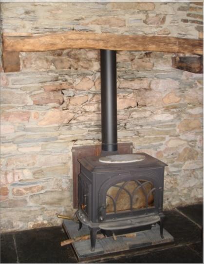 besoin de conseils concernant le chauffage au poele a bois. Black Bedroom Furniture Sets. Home Design Ideas